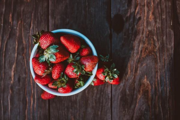 六年级摘草莓作文【三篇】